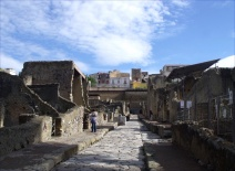 Herculaneum with the modern suburb of Ercoclano above