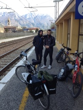 ...end at the border of the province. So after completing 30 km by 9 am, we rewarded ourselves with a train ride to Verona.